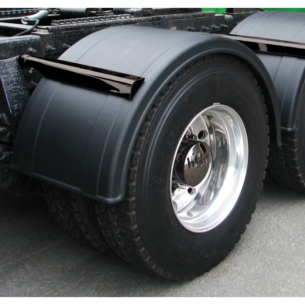 Poly Semi Fenders : Quot poly single axle fender w rolled edge